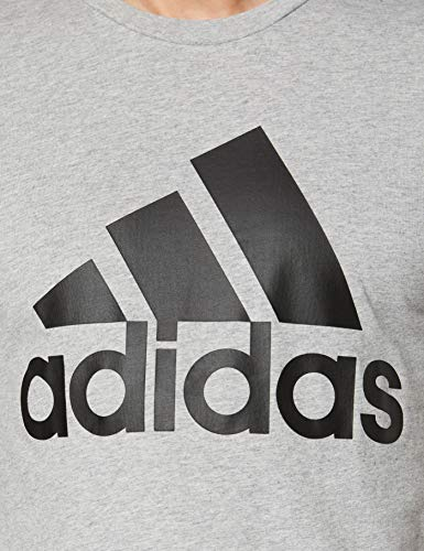 adidas Most Haves Badge of Sports TS M Camiseta, Hombre, Gris (Medium Grey Heather/Black), 2XL