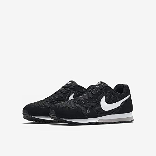 Nike MD Runner 2 (GS), Zapatillas de Running para Hombre, Negro (Black/Wolf Grey/White), 39 EU