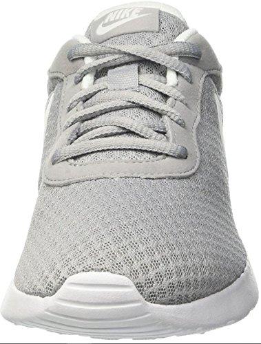 Nike Tanjun, Zapatillas de Running para Mujer, Gris (Wolf Grey/White), 36.5 EU