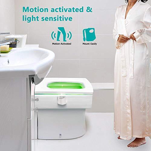 WC luz nocturna, Adoric LED Luz de Inodoro Luz con Detección de movimiento del sensor automático, 8 Cambio de Color,Funciona con Pilas, para cuartos de baño con niños Navidad